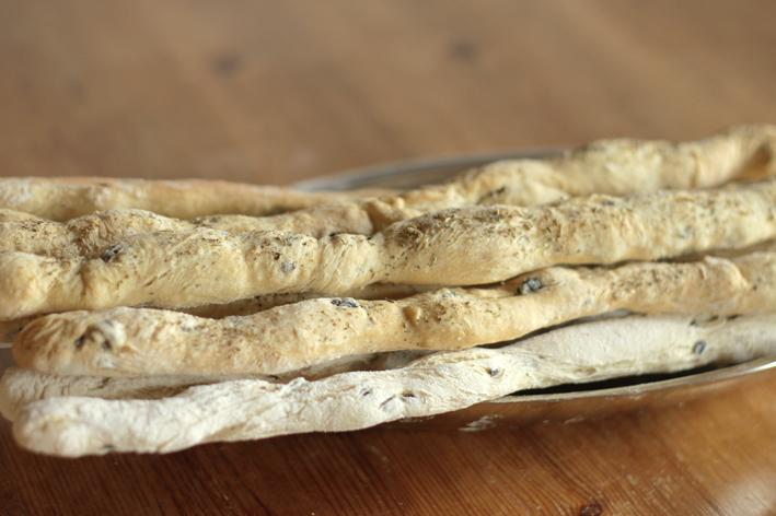 breadsticks-side