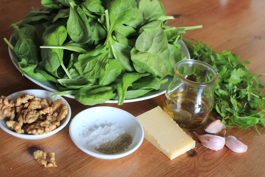 spinach-pesto-ingredients