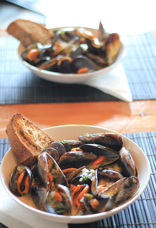 steamed-mussels-in-cream-and-cider-recipe-16