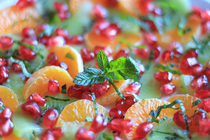tangy-kiwi-tangerine-and-pomegranate-fruit-salad-3